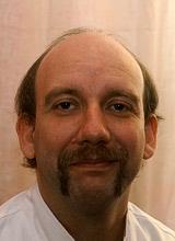 Herr Dreilich aus dem Labor der Zahnarztpraxis Meiser