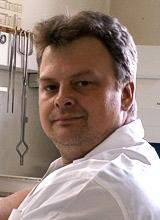Herr Schäfer aus dem Labor der Zahnarztpraxis Meiser